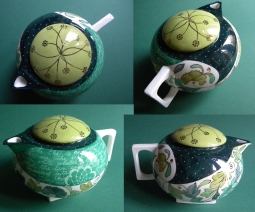 The Beloved's Wonderful Game - teapot